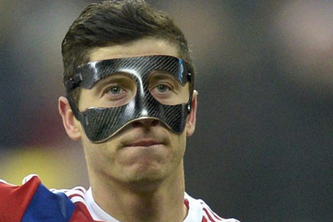 Lewandowski in squad for Barcelona clash, Rode out