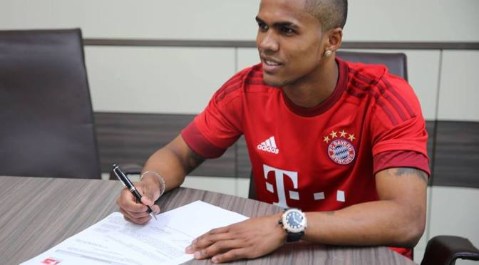 Douglas Costa completes 'dream' move to Bayern